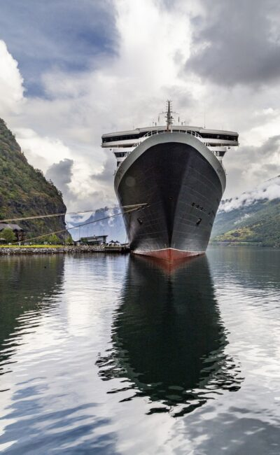 Si hace mucho calor, tambien tenemos cruceros por alaska